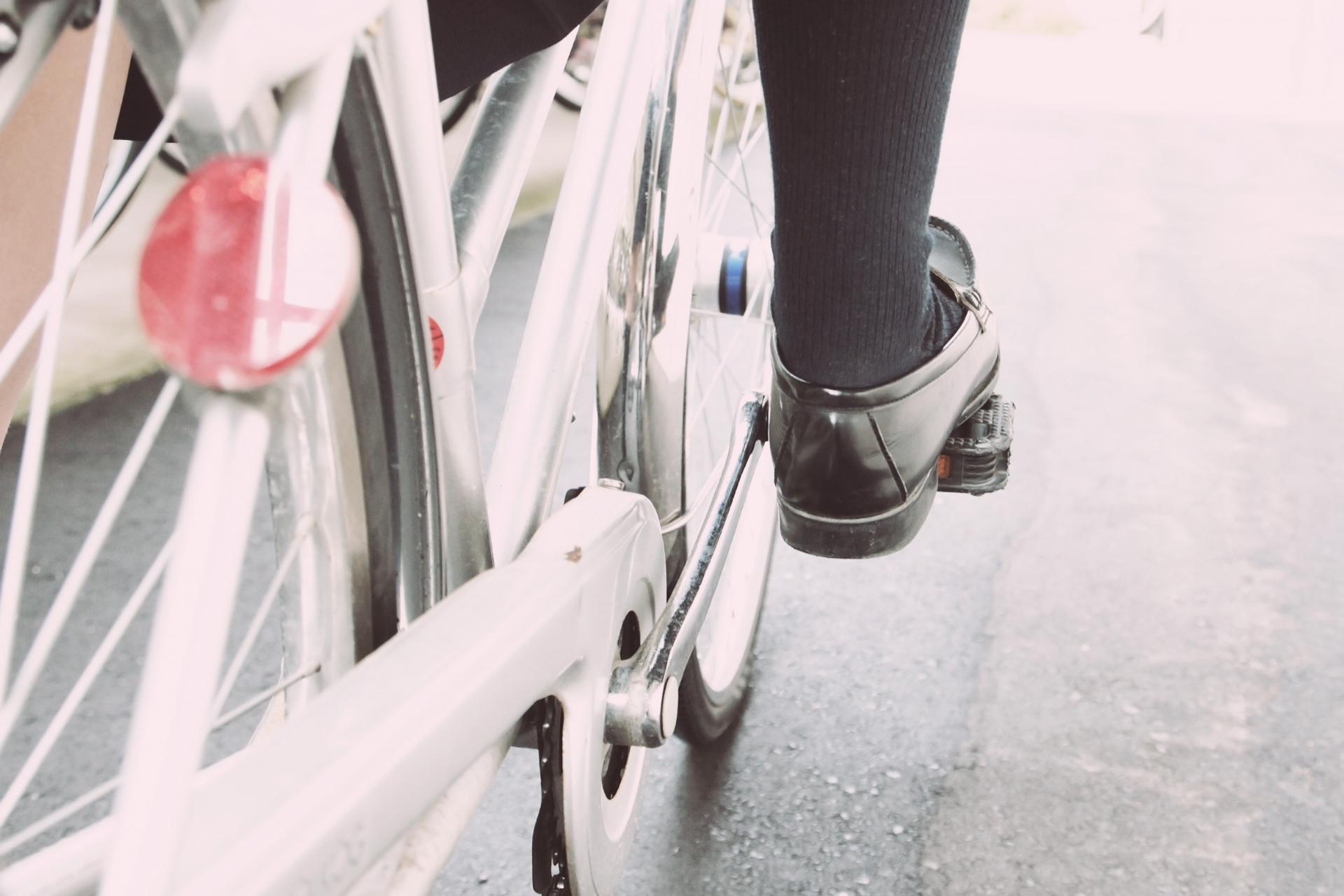 【自転車保険】自転車で歩行者に怪我をさせてしまったけど保険に入っていない!【個人賠償責任保険】